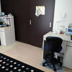 【IKEAそっくりのニトリ】小1男子 性格的に学習机を用意しました【ワーママ】