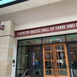 ナッシュビル観光②カントリー・ミュージック殿堂博物館