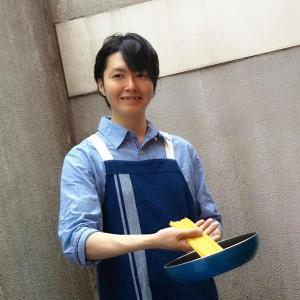 リュウジ(料理研究家)の月収が1000万円!元カノがストーカーだった!?
