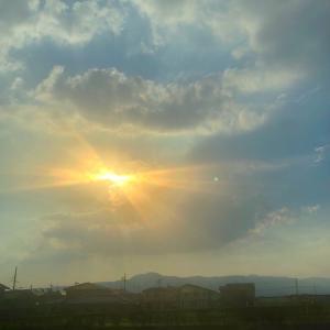 雲がアート。
