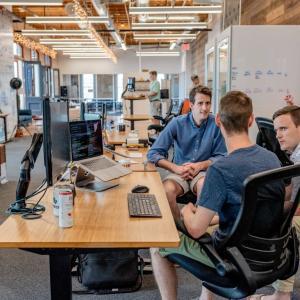 有名通信会社に転職する際のチェックポイントとアプローチの仕方