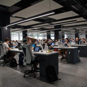 テクノロジー基盤企業は優秀な人材が集う企業であり続けられるか|キャリアニュース