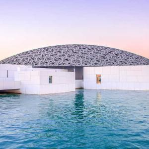 【UAE・アブダビ】美しいデザインや誰でも美術に親しめるような工夫がいっぱい『ルーヴル・アブダビ』