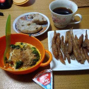 今日の朝食【菊芋のレンジオムレツ他】