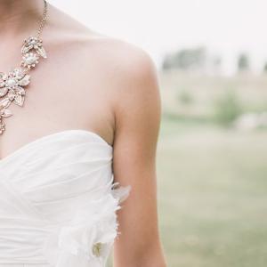 1日3分で綺麗な花嫁姿を手に入れるウェディングドレス対策の簡単ヨガポーズ