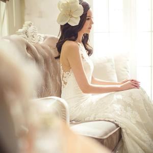 ウェディングドレスを綺麗に着こなす為の姿勢改善は簡単なヨガポーズで手に入れる