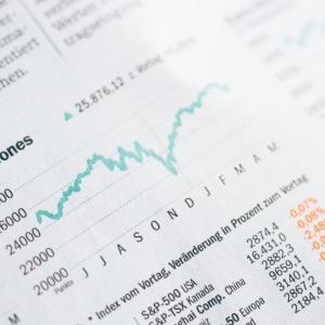 証券アナリスト基礎講座の難易度ってどのくらい?一見難しそうだが演習通りにやれば取得簡単な資格