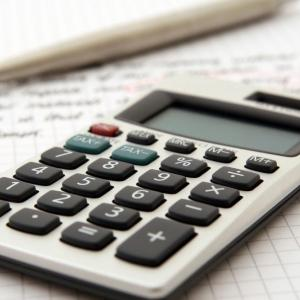 預かり資産アドバイザー3級の難易度ってどのくらい?セールスの基礎知識の学べる容易な試験
