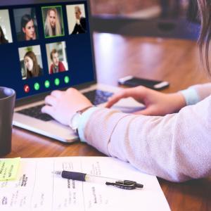 【WW37 初外資系転職におすすめ求人】Amazon(東京・埼玉・福岡), AWS(大阪), Apple(各地Apple Store), Dell (東京・名古屋・大阪), VMware, Salesforce(東京・名古屋・大阪・福岡)