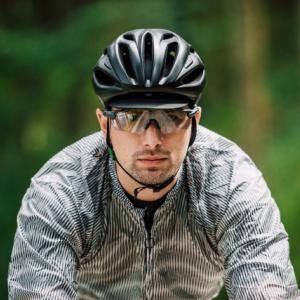 クロスバイクに合うおすすめヘルメット