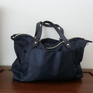 軽くて機能的なA4ネイビーバッグお探しの方必見!今買いたいA4バッグはこれ♪