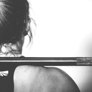 筋トレを毎日すると起こるデメリット5選!バランスの取れた食事や良質な睡眠の重要性も解説!