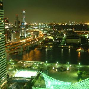 2002.9.5 神戸ポートタワーにて