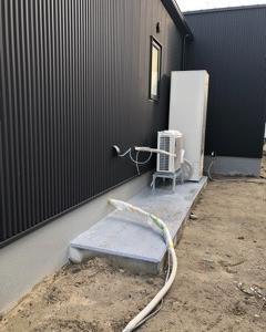 エアコン置場に問題発生