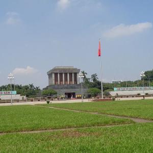 ハノイ・中心部の観光スポット『ホーチミン廟周辺』