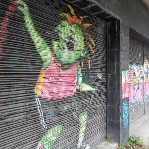 新・チェンマイの路上にある『面白い壁絵』(2)