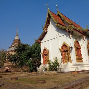 チェンマイの歴史的なお寺『ワット・ジェットヨード』