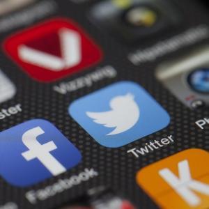 ブログ&SNS アイキャッチ画像サイズチェックツール(はてなブックマーク・Twitter・Facebook)