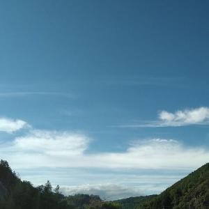 秋の空模様。