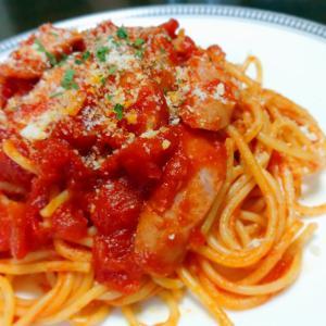 ウインナーとトマトソースのスパゲッティ