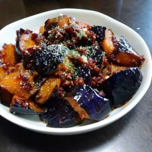 茄子と合い挽きのボロネーゼ風炒め