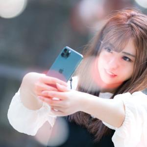 日本で「美少女が仲良いやつの前にいる時の写真」が顔違いすぎて本当に同一人物なのかと話題に!【台湾人の反応】
