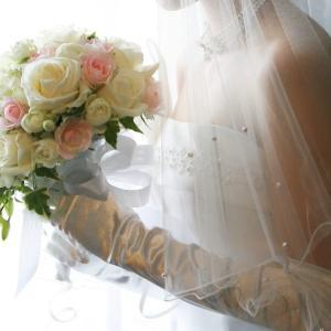 日本の「美人女優の結婚」が株式市場に与える影響が凄すぎて笑った!【台湾人の反応】