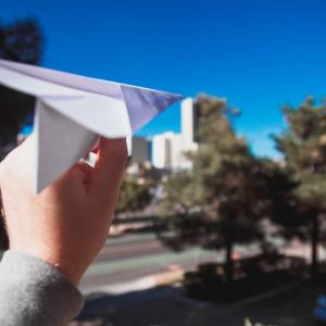 日本の東工大の「紙飛行機コンテスト」1位と3位がとんでもない見た目でネット民が爆笑!【台湾人の反応】