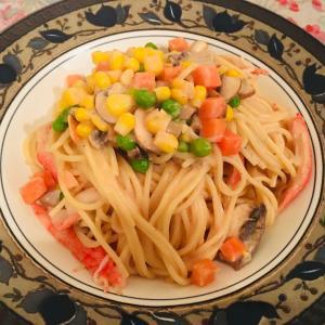 カニカマとマッシュルームスパゲッティ