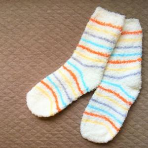 寝る時に靴下は良くない?だめ?履くメリットとデメリット