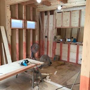 2018.9 【着工70日目】木工事、屋根工事の途中工程(屋根のメーカーは三洲野安、防災機能付きのフラット瓦)