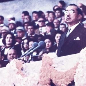 右翼の皆さん、自民党菅内閣は国民に『天皇の言葉は、こうして無視しろ』と教えているけど、抗議はしないのか?