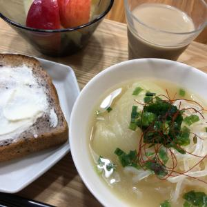休日の朝ごはんは手を抜いて、でも栄養満点