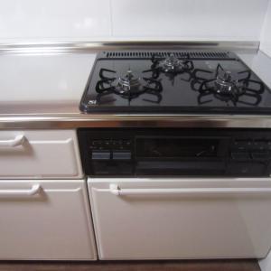 システムキッチン引き出しの収納