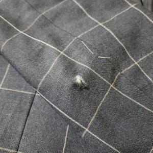 スーツの破れ修理