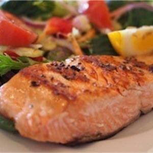 食事で美肌に!夏の紫外線ダメージをケアできる食事とは