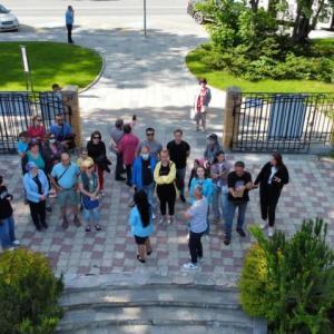 モスクワの観光団は島を堪能しています