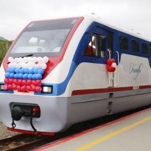 島の子供鉄道は輸送記録を更新しました