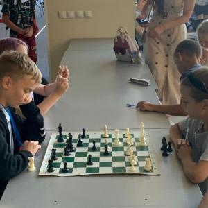 チェスは若者が学びます