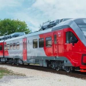 最新式サハリン列車登場
