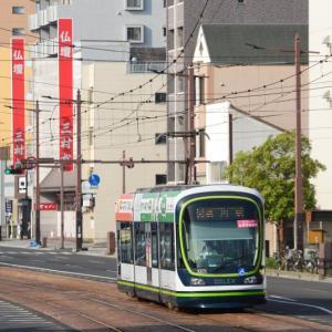 平日の朝のラッシュ時に撮影@横川線