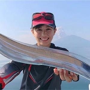 鹿児島のシンボル、桜島の前で釣りあげたぞー!