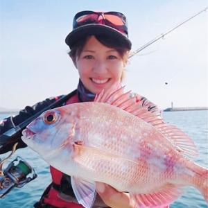月刊紙『南のつり』の取材‼️沖堤防でふかせ釣りだぞー!鹿児島もシーズン到来!