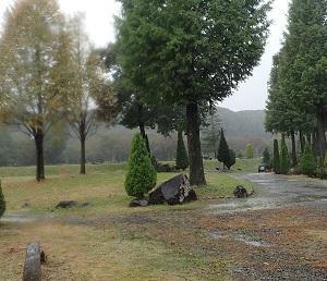 雨の中 那須白河フォレストスプリングスで フライフィッシング