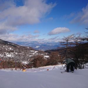 アサマ2000でスキー!パウダースノーではないです
