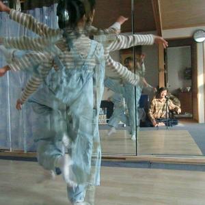 莉愛(りあ)ちゃんのダンスバレー