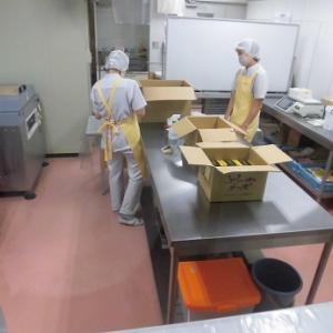 「富良野チーズ工房」さんで買い物、停泊は「道の駅 あびらD51ステーション」さんです!