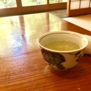 初家庭訪問!誰か教えてお茶のタイミング。ペットボトルじゃだめ?