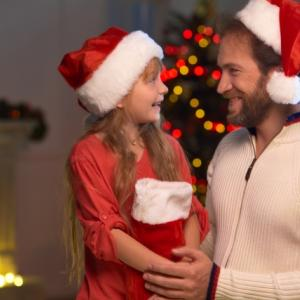 【クリスマス サンタさんの正体】この優しい秘密どう伝える?
