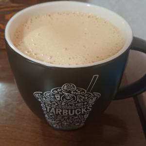 安定のバターコーヒーの朝(〃艸〃)